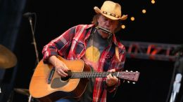 Neil Young (Photo: Kevin Mazur/WireImage)