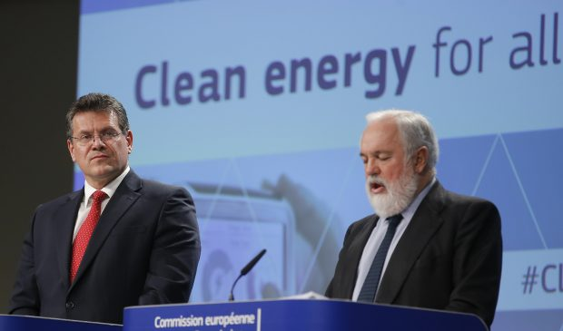 epa05653459 European Commission Vice-President for Energy Union Maros Sefcovic and EU Commissioner in charge of climate and energy, Spanish, Miguel Arias Canete (R) give a press conference on Clean Energy package in Brussels, Belgium, 30 November 2016. EU has committed to cut CO2 emissions by at least 40 per cent by 2030. The Commission presents today a package of measures to keep the European Union competitive as the global clean energy transition is changing the energy markets. EPA/OLIVIER HOSLET