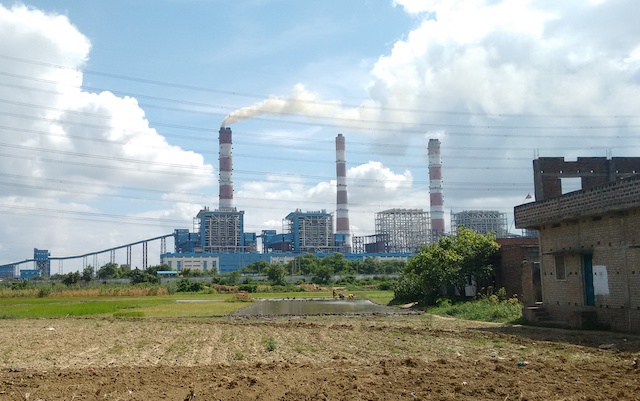 Barh Super Thermal Power Station (India). Photo credit: Abhinav Paulite