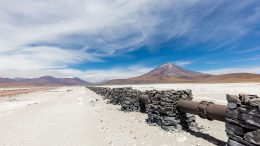 Gas pipe in the dry region of Antofagasta, Chile. wikiwand