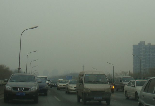Beijing traffic and pollution (China). Photo credit: The Erica Chang