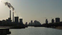 Yangzhou industrial area (China). Photo credit: Vmenkov